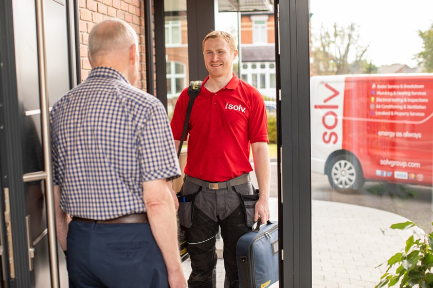 Solv Engineer with Customer